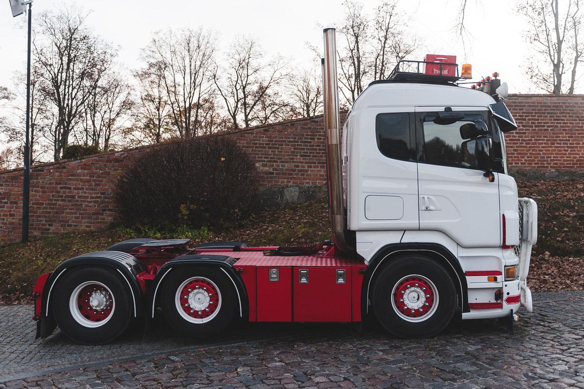 MK-146