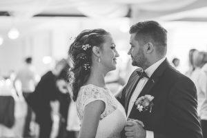 14-wesele-taniec-para-Młoda