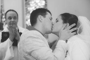 20-slub-pierwszy-pocałunek