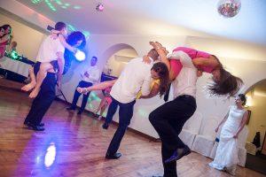 26-wesele-oczepiny-zabawa